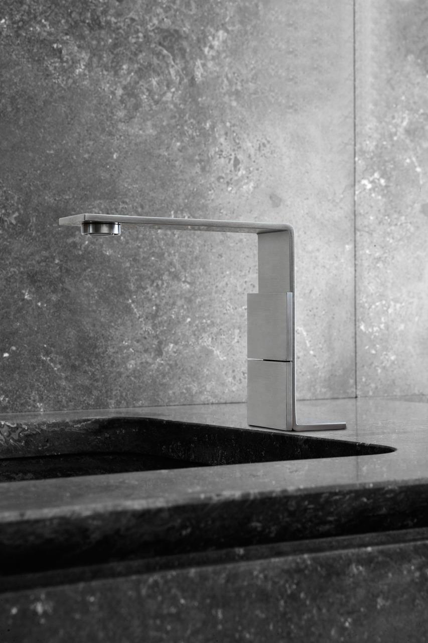 Cinque millimetri da premio area for Premiato piano casa artigiano