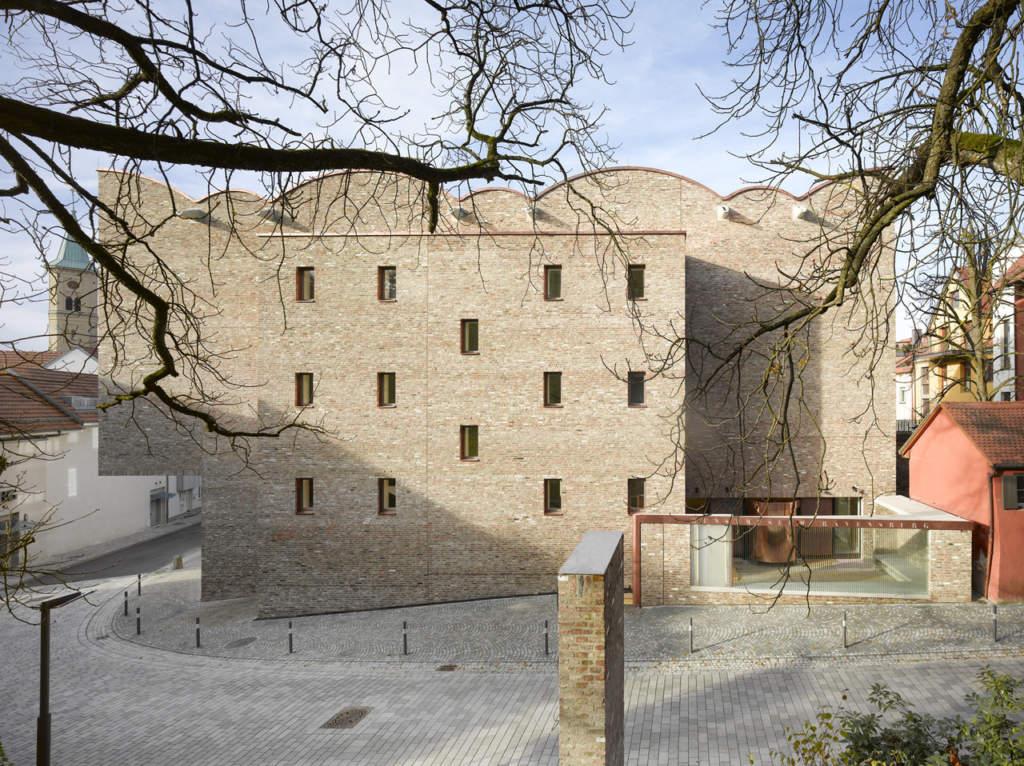 Ravensburg Art Museum Lederer Ragnarsdóttir Oei - photo by Roland Halbe