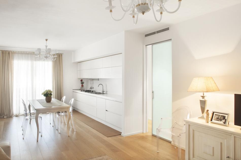 Eclisse per un appartamento in veneto area for Interni case classiche