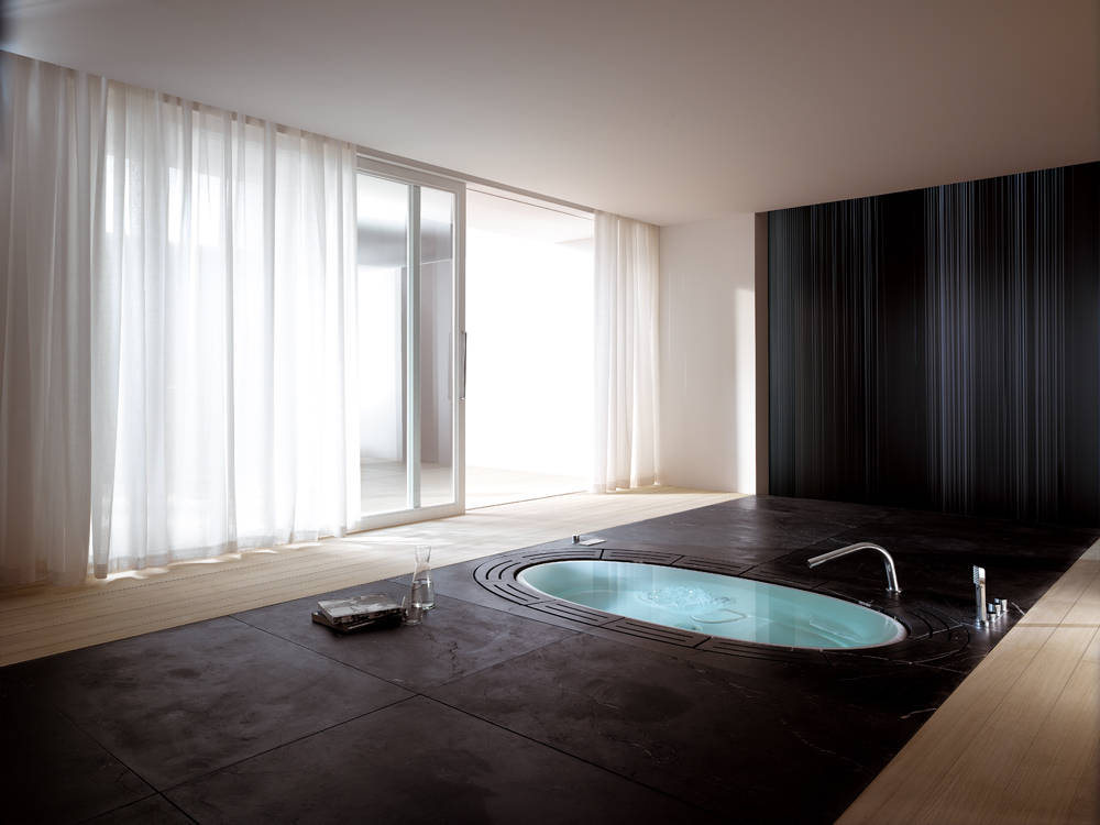 Vasca Da Bagno Interrata Prezzi : Vasca da bagno interrata. great lunghissima piscina abbellita da un