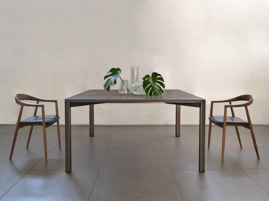 Gregorio Table by mg12