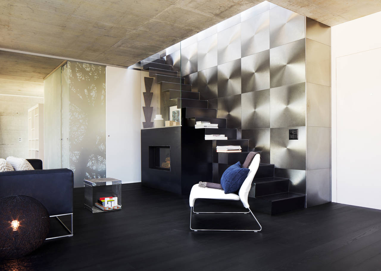 Flow Edition by Bauwerk in frassino nero