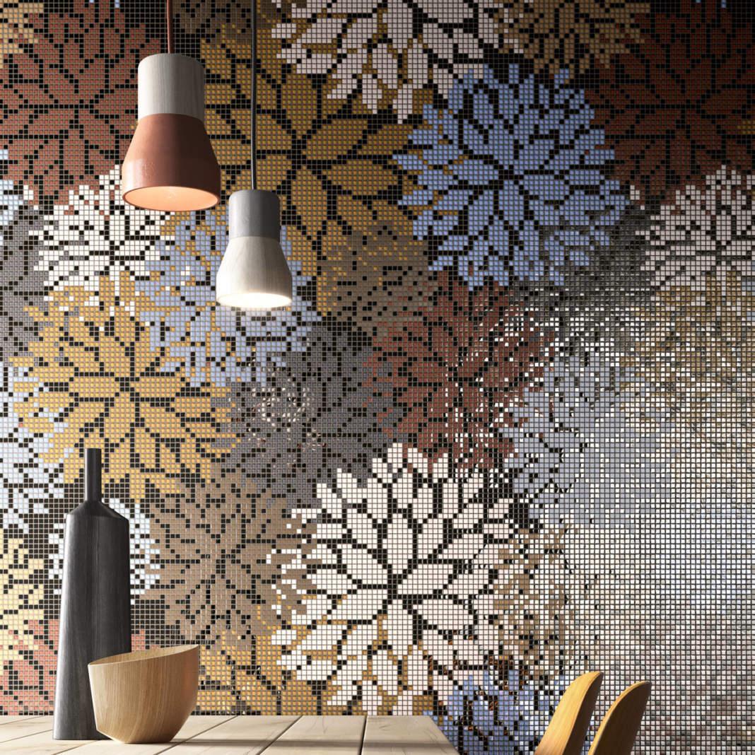 Una tavolozza di colori pastellati o accesi, ma mai troppo sgargianti, per poetiche decorazioni floreali che sfruttano la carica del colore della collezione Vetrina.