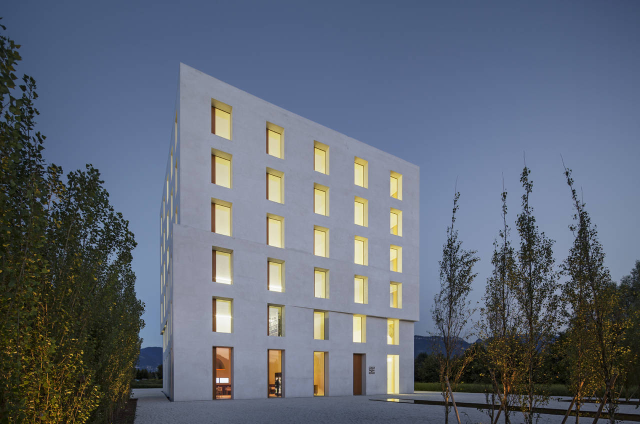 Building 2226 realizzato dall'architetto Dietmar Eberle vincitore del Grand Prize - Photo by Eduard Hueber©