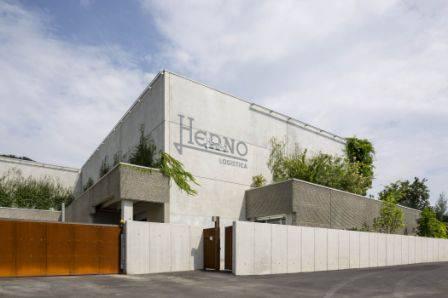 Magnetti Building per l'ampliamento dell'edificio con destinazione logistica automatizzata - Herno spa