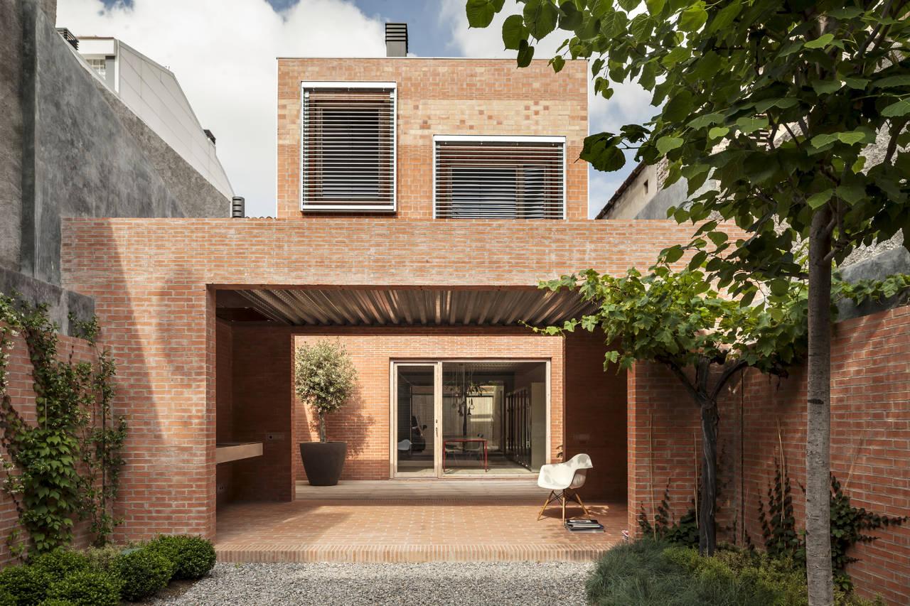 Casa 1014 realizzata dallo studio catalano Harquitectes a Granollers vincitore del Grand Prize. Photo by Adria Goula©