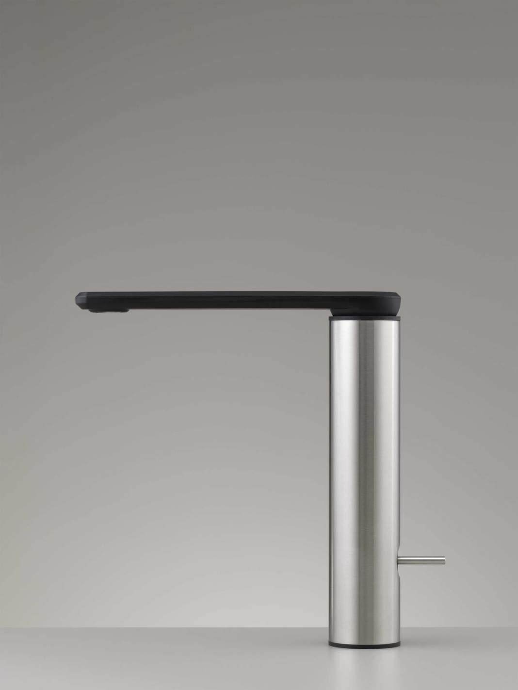 Knee by CEA Design