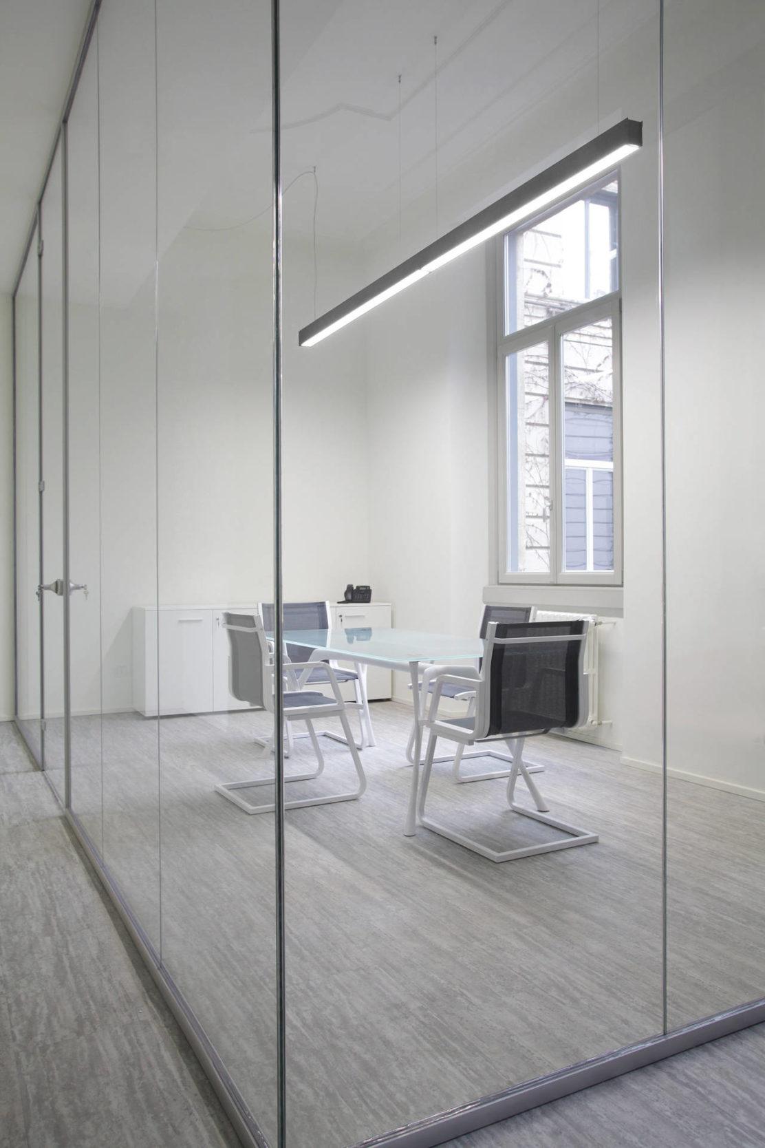 Rossini illuminazione per gli uffici della metro 4 di milano for Uffici condivisione milano