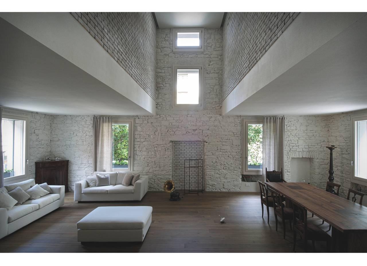 1° Premio Categoria B - Recupero di costruzioni esistenti, arch. Lorenzo Guzzini
