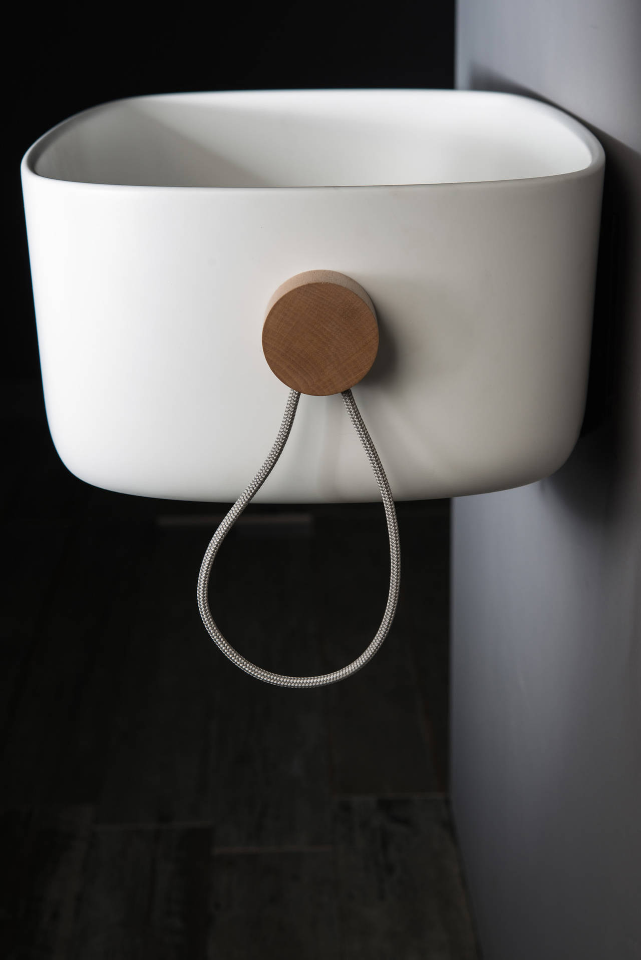 Lavabo Bounce by Ever Life Design disegnato da Monica Graffeo
