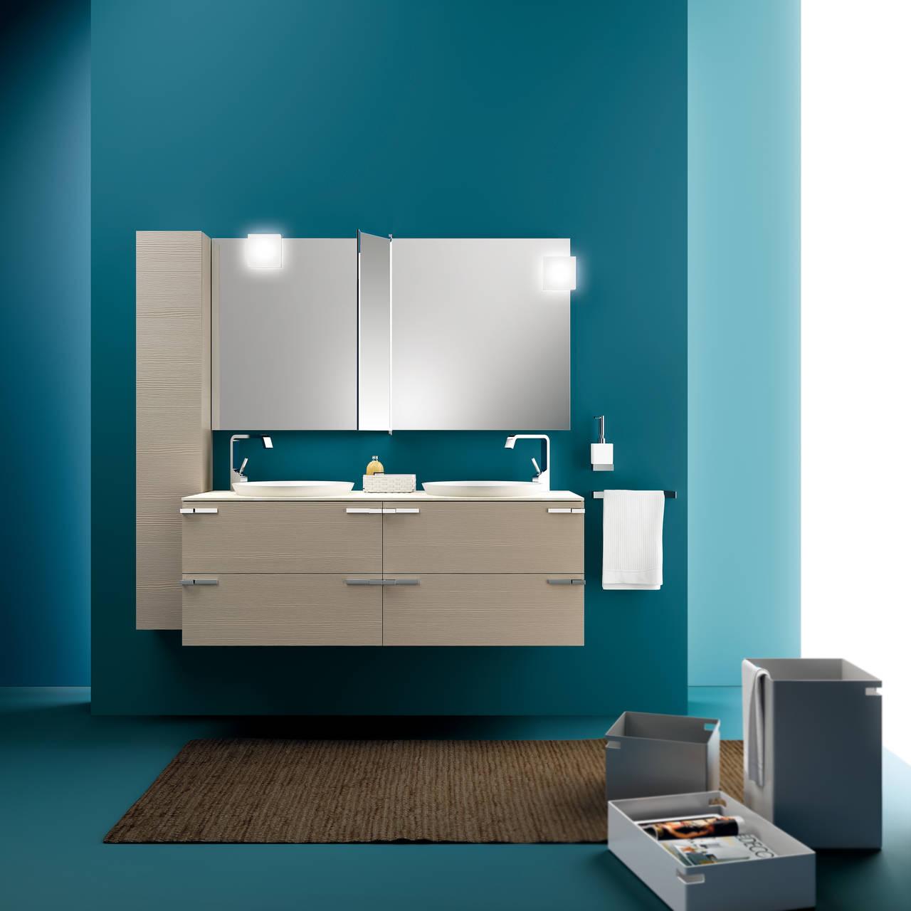 Ambiente bagno completo, con mobili della collezione Rivo di Scavolini Bathrooms. Design Studio Castiglia Associati