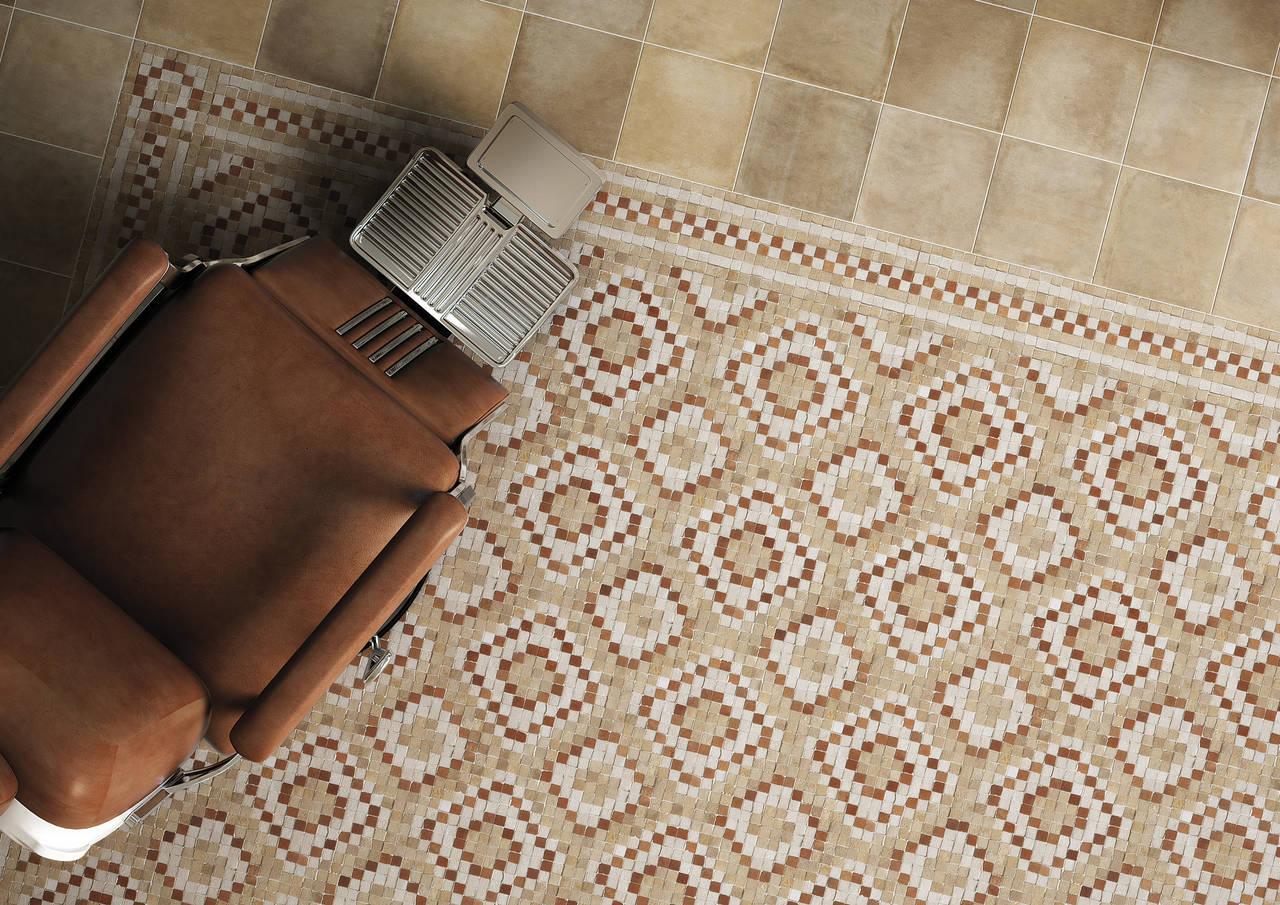 Pavimento di barber shop realizzato con la collezione Firenze Heritage Paglierino abbinato a Deco Terra Mosaico