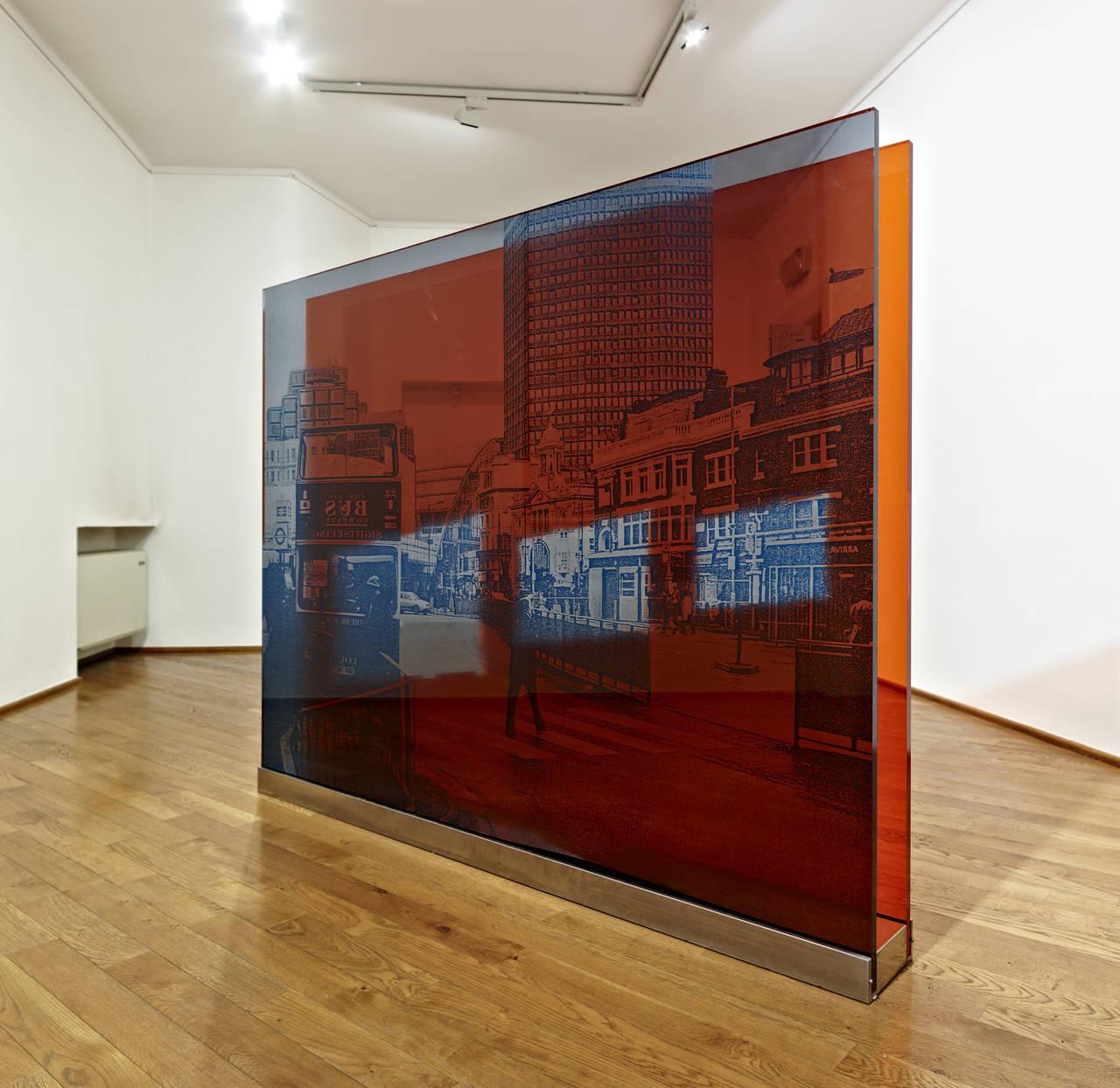 Francesco Candeloro, Attraverso i segni, Londra 2010 stampa UV e taglio laser su plexiglass, cm 146x180x20