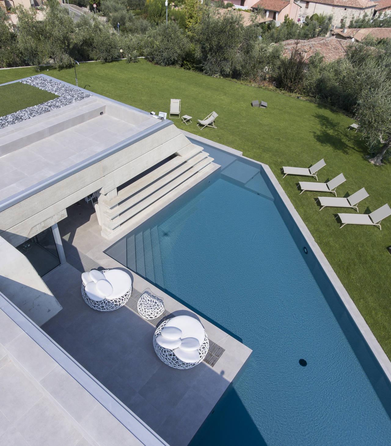 Piscine Castiglione per Villa Atelier sul Lago di Garda - ©Videostudio 1