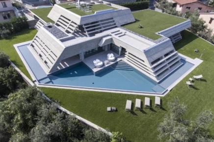 Piscine Castiglione per Villa Atelier sul lago di Garda