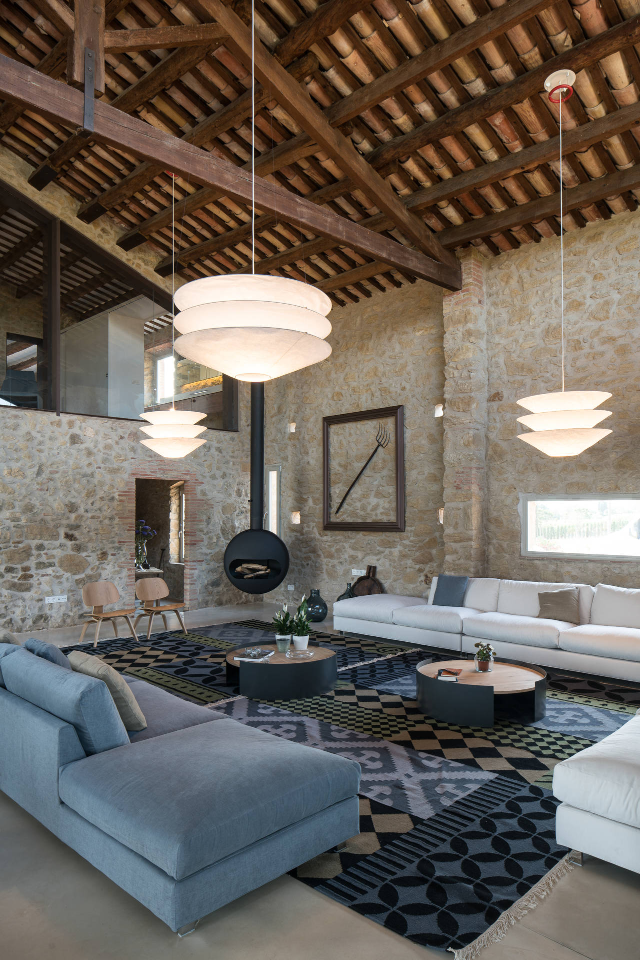Antrax per un casale a Girona (Spagna)