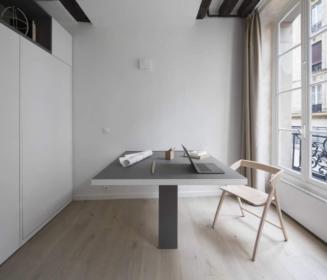 Separate Garage Block Possibly With Studio Accommodation: Spazio Minimo Multifunzionale Nel Marais