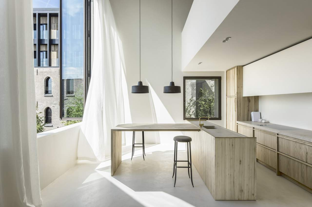 Ideal Work per l'Edificio The Cubes ad Anversa