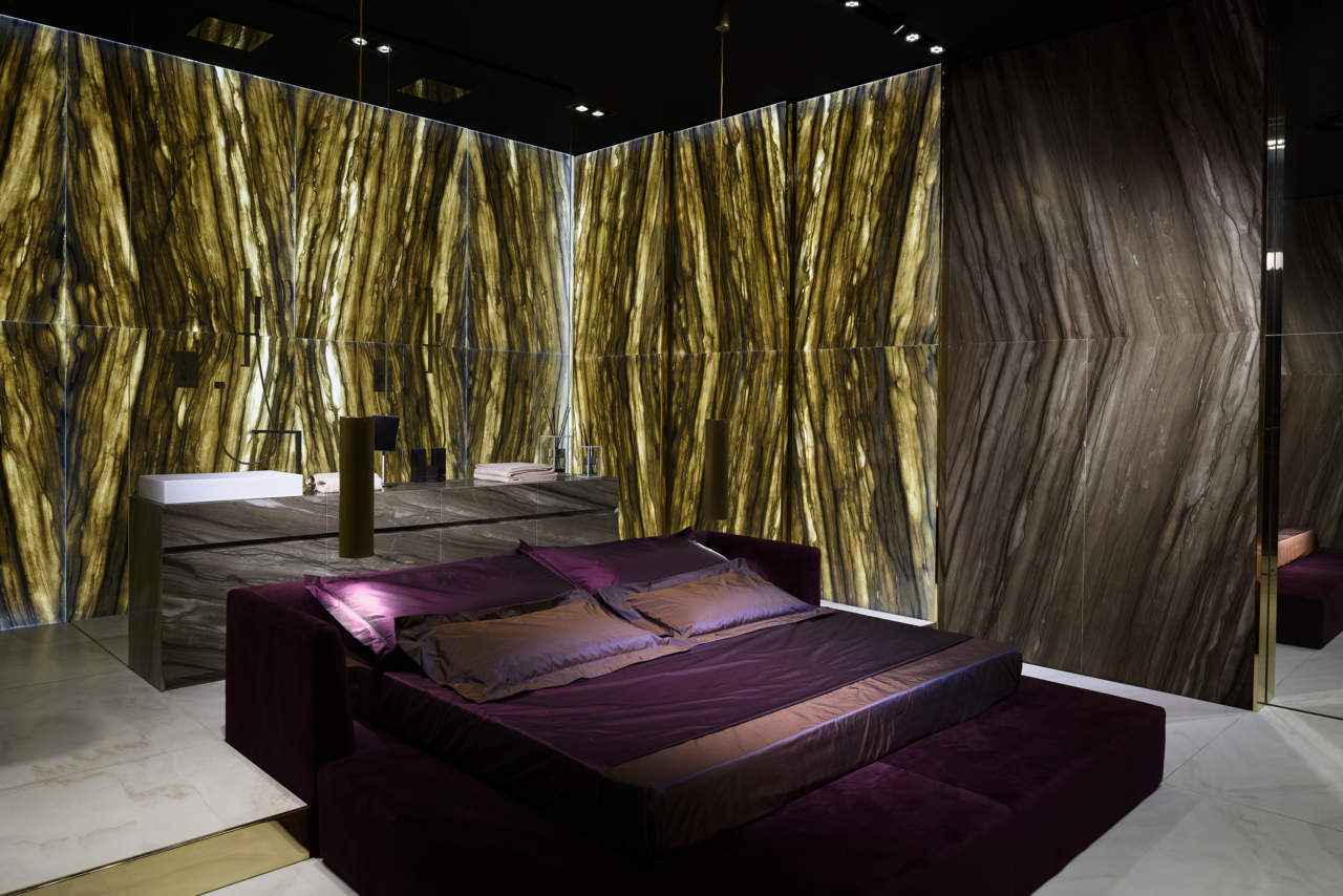 Master Bedroom - ideata da Alessandro La Spada e realizzata in Sequoia Brown Antolini