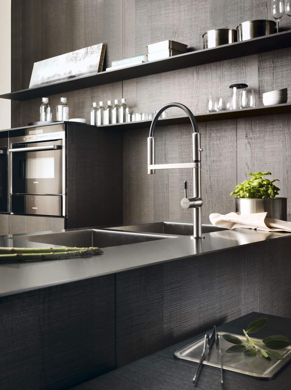 Nuovi miscelatori da cucina nobili rubinetterie by meneghello paolelli - Rubinetteria bagno nera ...