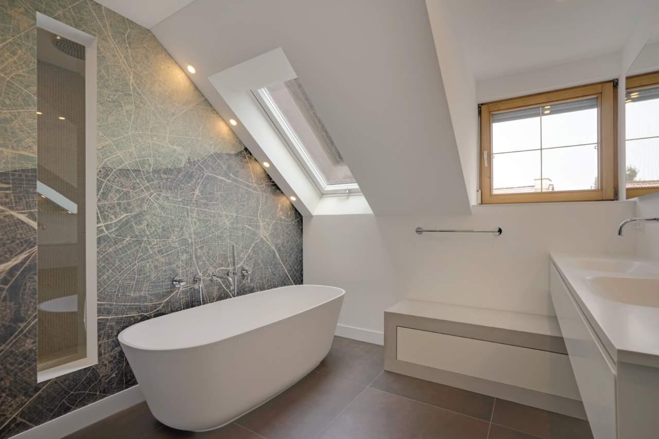 Vasca Da Bagno Stretta : Cerchi casa per euro puoi dormire dentro la vasca da bagno